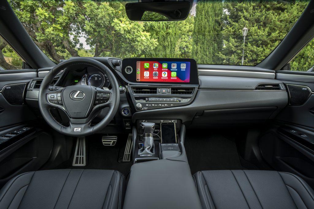 Lexus ES 300h F Sport (European specification model shown)